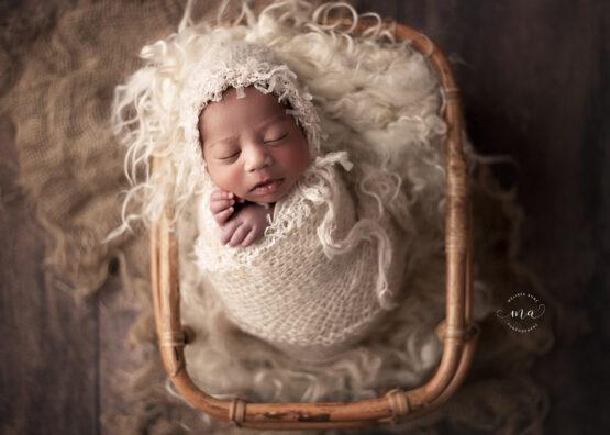 metro detroit michigan newborn photographer melissa anne photography vintage boho wrapped with bonnet
