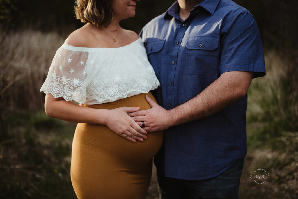 troy michigan maternity newborn photographer melissa anne photography outdoor photo session